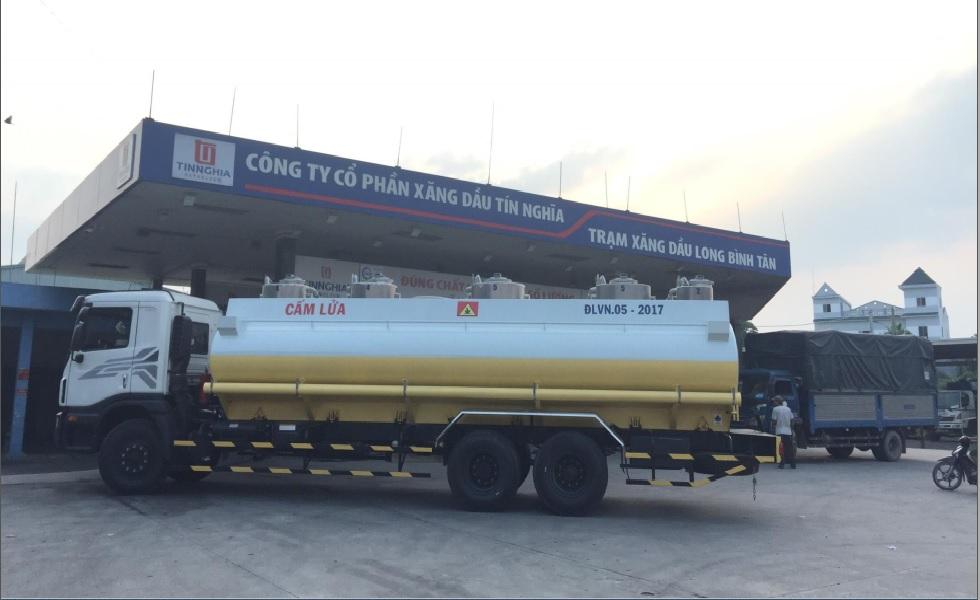 Xe Tec Daewoo Chở Xăng 21 Khối
